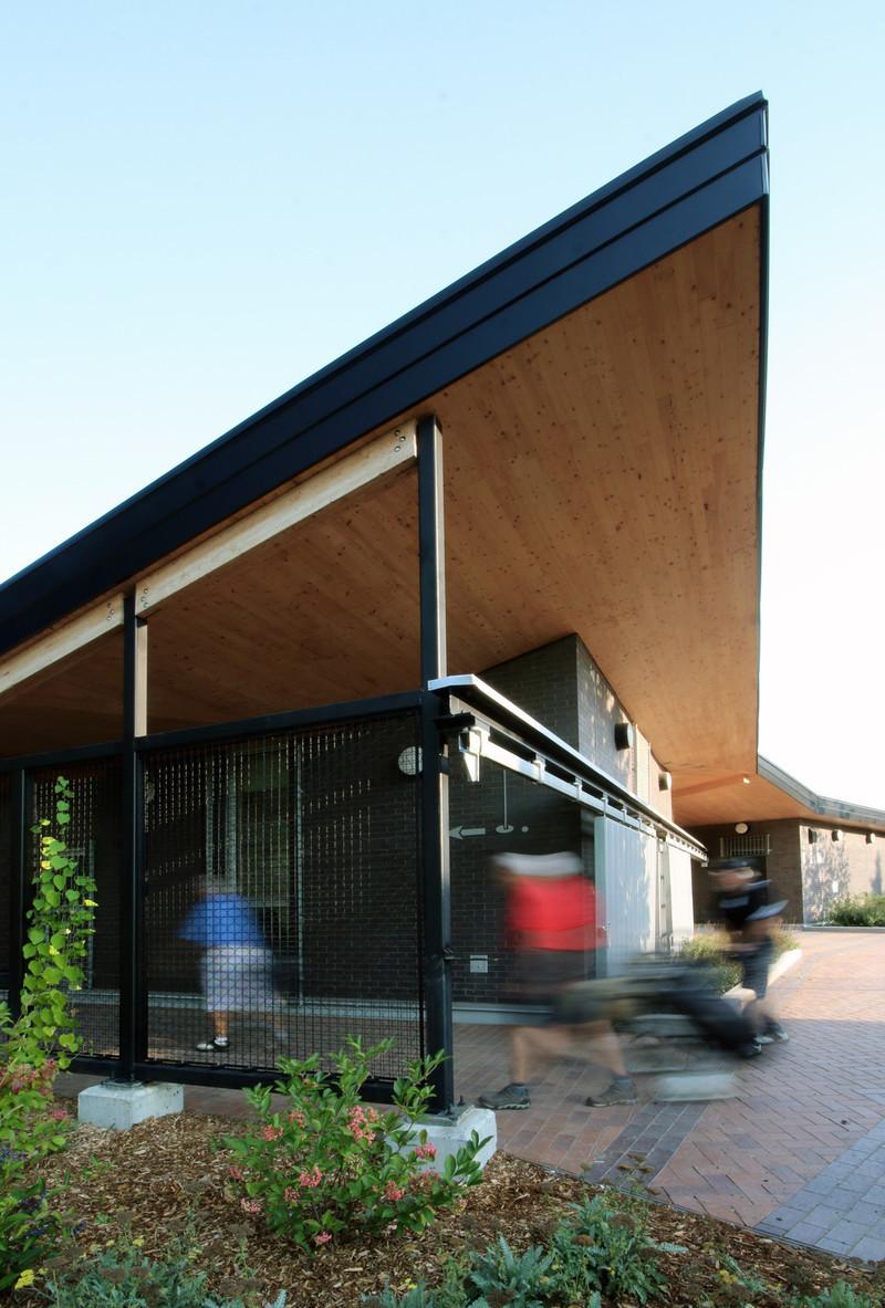 Press kit - Press release - Golf Welcome Pavilion at Maisonneuve Park - Ville de Montréal