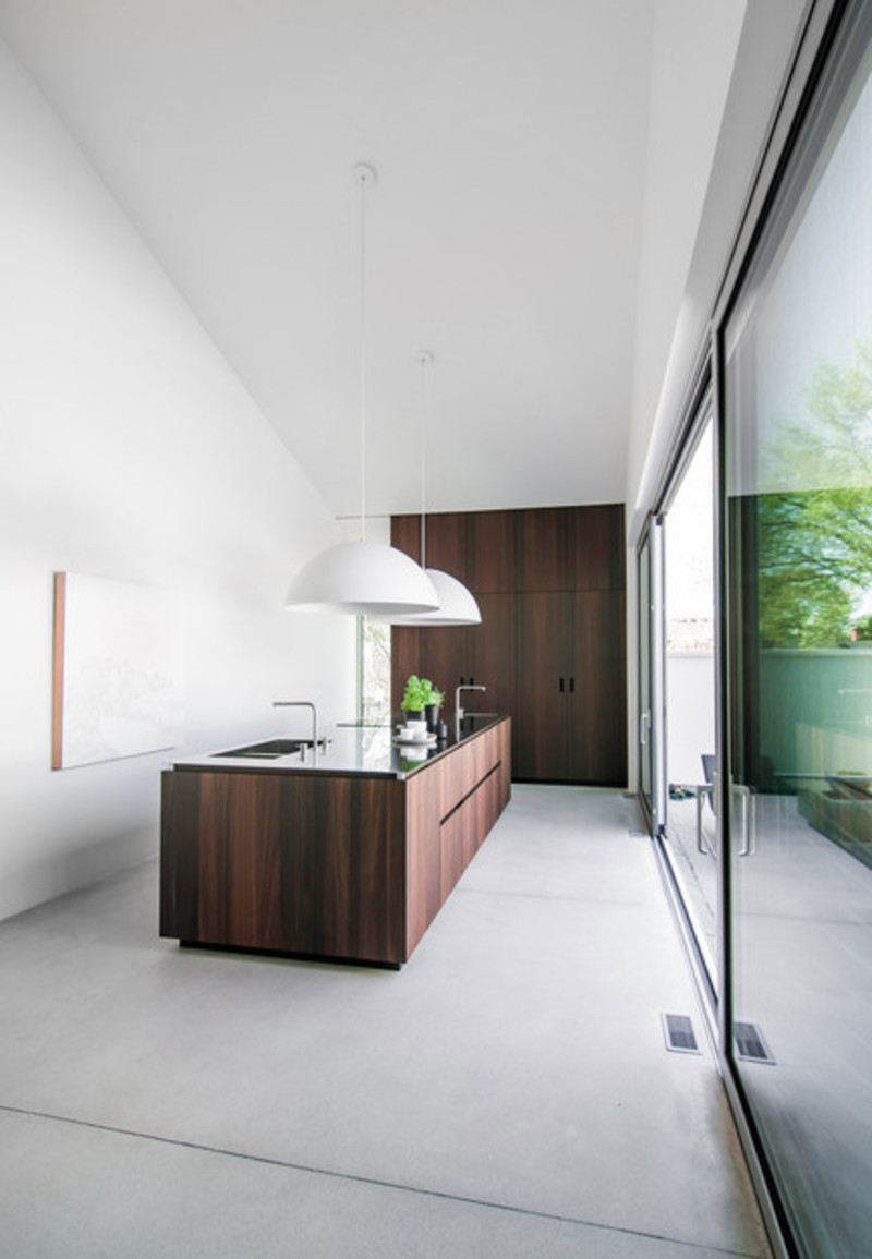 Newsroom | v2com-newswire | Newswire | Architecture | Design | Lifestyle - Press release - When a kitchen becomes an architectural volume -Holy Cross House - Pure Cuisines + mobilier européens