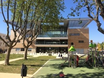 Dossier de presse - Communiqué de presse - Centre culturel et social de Valence - Bureau Architecture Méditerranée
